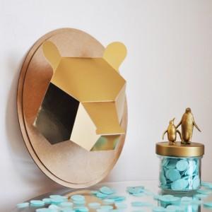 Trophée papier // tête d'ours // doré // support ovale
