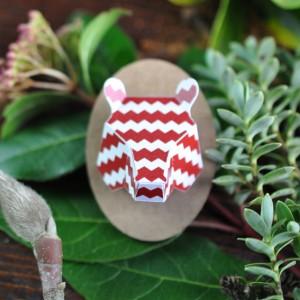 Mini trophée papier // tête d'ours // rouge pop // motif zig zag // support ovale