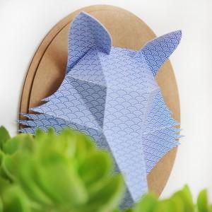 Trophée papier // tête de renard // bleu profond // motif vague // support ovale