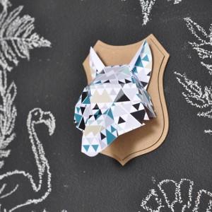 Trophée papier // tête de loup // motif triangle par Green and Paper